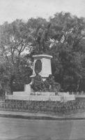 Conakry, monument Ballay