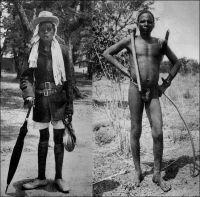 Le Lobi des villes et le Lobi des champs. – « Les hommes sont simplement habillés d'une ficelle qui leur entoure les hanches ; en équilibre sur l'épaule droite, le casse-tête dont le manche pend contre la poitrine, et sous le bras le carquois de peau. […] Les rapports entre l'indigène et l'Administration perdu ce caractère d'aménité, en grande partie par la faute des Lobi eux-mêmes qui répugnent à payer l'impôt, à fournir des porteurs et des vivres. […] Les militaires continuent à occuper une partie du pays ; on les accuse d'entretenir une « légende lobi » pour justifier leurs services et décrocher des croix. […] La race Lobi, quoique brutale, cruelle, et peu hospitalière, n'en reste pas moins une des plus sympathique de toute l'A.O.F….». Sources photo et citation : Soubrier, J., Savanes et forêts, éditions J. Susse, Paris, 1944.