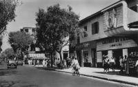 Dakar, avenue William Ponty - devenue peu après la disparition du président français avenue Georges Pompidou