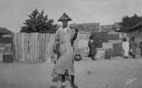 Dakar, le marchand de lait ambulant